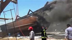 Xưởng đóng tàu tại cảng Iran bốc cháy ngùn ngụt