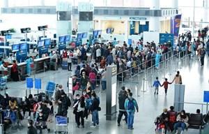 Nối lại đường bay quốc tế: Phải gỡ 'rào cản' tâm lý e ngại của khách