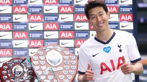 'Ẵm' 4 giải cá nhân ở Tottenham, Son Heung Min làm rạng danh châu Á