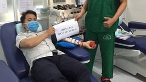 Quảng Nam: Bác sĩ hiến tiểu cầu cứu sống cụ già 104 tuổi