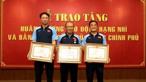 HLV Park Hang Seo đón nhận Huân chương Lao động hạng Nhì