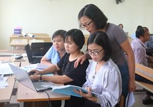 Hơn 400 giáo viên miền núi phía Bắc được bồi dưỡng chương trình mới