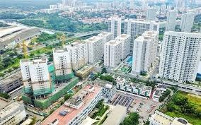 Ngân hàng siết cho vay bất động sản: Người mua nhà có bị ảnh hưởng?