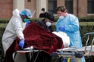 Gần 70.000 người chết vì Covid-19, Mỹ đối mặt tháng 5 'chết chóc'