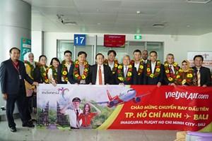 Các đại sứ và Tổng lãnh sự các nước ASEAN tại Việt Nam bay cùng Vietjet trên chuyến bay đầu tiên đến Bali