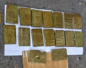 Lạng Sơn: Bắt giữ 4 đối tượng vận chuyển 16 bánh heroin