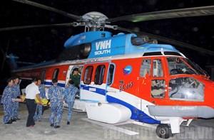 Cấp cứu ngư dân gặp nạn tại quần đảo Trường Sa