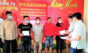Quảng Ngãi: Hỗ trợ 8 ngư dân bị Trung Quốc đâm chìm tàu ở Hoàng Sa
