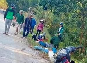 Đâm trúng cột mốc, 4 nữ sinh cấp 2 trên 1 xe máy thương vong