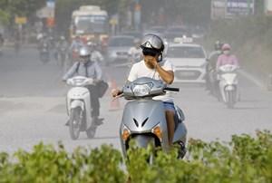 Hà Nội rửa gần 60 tuyến đường xuyên đêm để giảm ô nhiễm