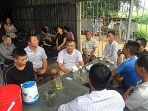 Nghệ An: Nhiều gia đình mất liên lạc với người thân sau vụ 39 người tử vong trong container