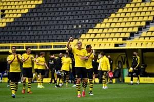 Giải bóng đá Bundesliga lập kỷ lục người xem mới tại Đức