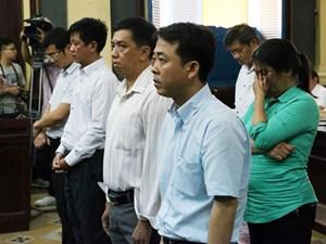 Ngày đầu xét xử sơ thẩm vụ án tại Công ty VN Pharma: Triệu tập 9 thành viên trong Hội đồng Giám định Bộ Y tế