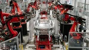 Tesla bị 'tuýt còi' vì làm trái lệnh cấm, định tiếp tục sản xuất xe
