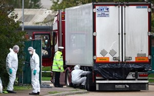 Thủ tướng yêu cầu xác minh vụ 39 người chết trong container ở Anh