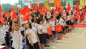 [VIDEO] Học sinh Nha Trang tưng bừng khai giảng năm học mới