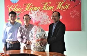MTTQ tỉnh Quảng Nam thăm và chúc Tết tại hai bệnh viện