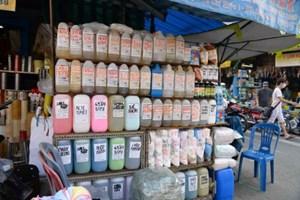 Thị trường hóa chất: Phụ thuộc nhiều từ nguồn nhập khẩu