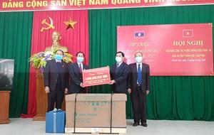 Thanh Hóa hỗ trợ trang thiết bị phòng, chống dịch Covid-19 cho tỉnh Hủa Phăn - Lào