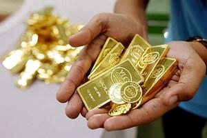 Giá vàng vẫn neo cao