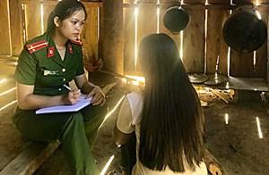Quảng Nam: Xác minh đường dây dụ dỗ các cô gái làm nhân viên quán karaoke