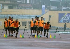 10 trọng tài và trợ lý trọng tài không vượt qua được bài kiểm tra thể lực trước mùa giải mới