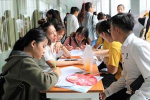 Lao động trẻ đánh giá thấp nhà tuyển dụng