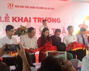 NXB Chính trị quốc gia - Sự thật khai trương thêm nhà sách tại TP HCM