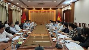 Phối hợp xây dựng cộng đồng người Việt Nam ở nước ngoài giàu mạnh
