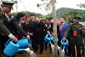 Thủ tướng Nguyễn Xuân Phúc phát động Tết trồng cây nhớ ơn Bác Hồ