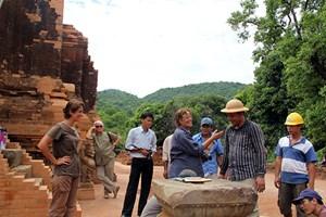 Áp dụng công nghệ cao bảo tồn di sản văn hóa: Gian nan đi tìm 'bà đỡ'