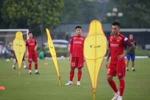 HLV Park Hang Seo loại Hồng Quân, Huy Toàn khỏi danh sách đấu Malaysia và Indonesia
