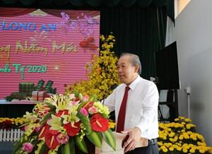 Phó Thủ tướng Trương Hòa Bình chúc tết Đảng bộ, chính quyền và nhân dân tỉnh Long An