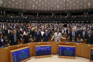Nghị viện châu Âu chính thức thông qua Brexit