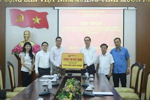 Phú Thọ: Tiếp nhận 500 triệu đồng hỗ trợ người nghèo gặp khó khăn do dịch Covid-19