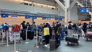 276 công dân Việt Nam từ Canada về nước an toàn