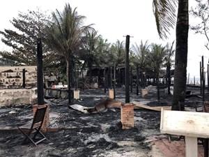 4 nhà hàng liền kề bốc cháy, thiệt hại tiền tỷ
