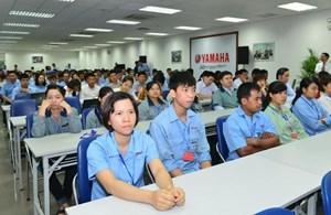 Chủ tịch Hà Nội đối thoại với công nhân