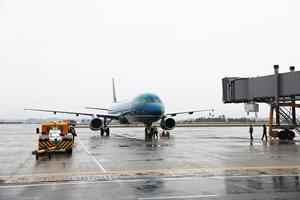 Chuyến bay đầu tiên từ Đà Nẵng cập Cảng hàng không quốc tế Vân Đồn