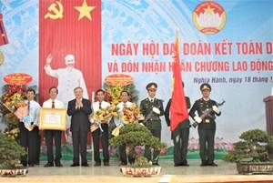 Chánh án Nguyễn Hòa Bình dự Ngày hội Đại đoàn kết tại Quảng Ngãi