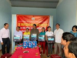Hội đồng hương Quảng Nam trao tặng 5 nhà Đại đoàn kết cho người nghèo