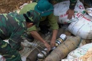 Di dời thành công quả bom nặng gần 250 kg