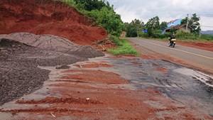 Đắk Nông: Phạt tiền công ty đổ chất thải trái phép
