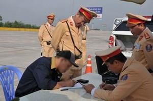 Từ ngày mai, 'ma men' lái xe bị phạt đến 40 triệu đồng