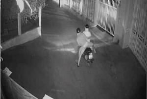 Quảng Nam: Một nhà hàng ở phố cổ Hội An liên tục bị kẻ xấu tạt sơn, mắm tôm