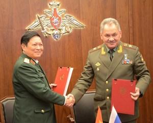 Hợp tác quốc phòng là trụ cột trong quan hệ Việt-Nga
