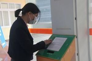 Hà Nội: Hồ sơ quyết toán thuế thu nhập cá nhân gửi qua mạng tăng mạnh