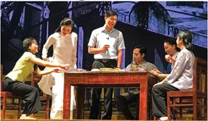 Kịch bản sân khấu: Bộn bề những lo toan