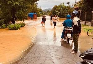 2 người thiệt mạng do mưa lớn và thủy điện Đồng Nai 5 xả lũ