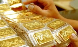 Giá vàng tăng mạnh theo đà tăng của thế giới